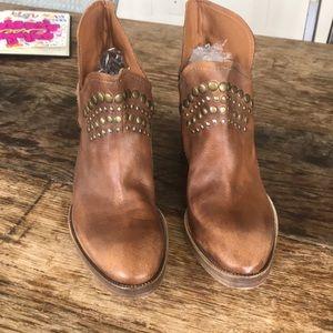 Barneys NY Boots